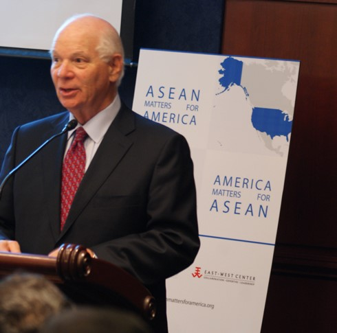 Senator Ben Cardin of Maryland highlighting the value of the new publication. Image: Chris Feddersen/East-West Center.